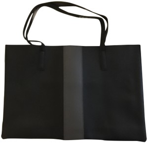 Vince Camuto Leather Casual Tote in Black
