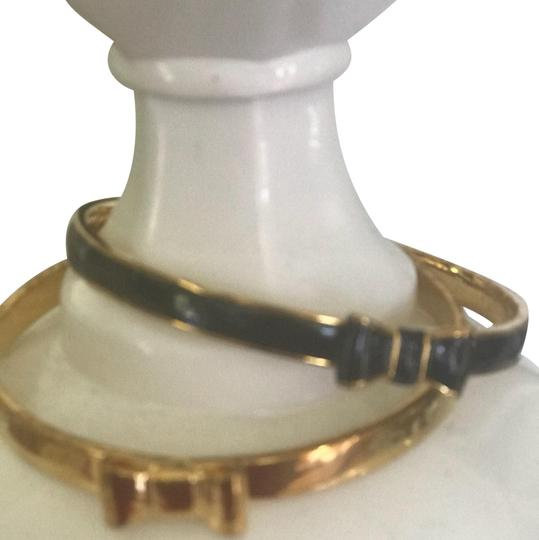 Preload https://img-static.tradesy.com/item/24145017/kate-spade-black-and-gold-bangle-bracelet-0-1-540-540.jpg