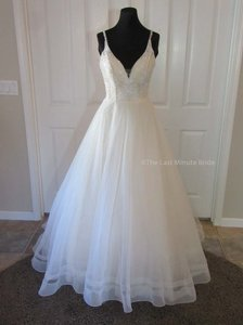 Ella Rosa Champagne/Ivory Lace Be424 Feminine Wedding Dress Size 8 (M)