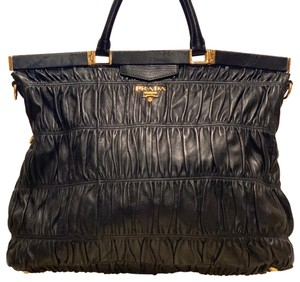 b089b83fee Prada Totes on Sale - Up to 70% off at Tradesy