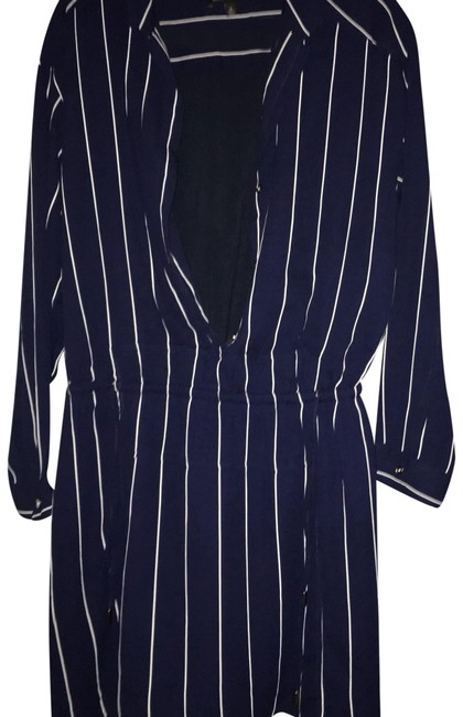 Preload https://img-static.tradesy.com/item/24145587/banana-republic-blue-and-white-striped-draw-string-short-casual-dress-size-14-l-0-1-650-650.jpg