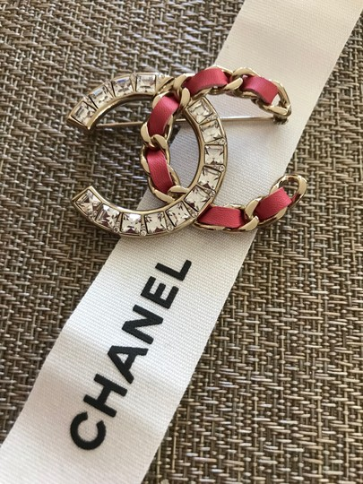 Chanel Large Pink/Gold Crystal CC Logo Metal Brooch Pin Image 4