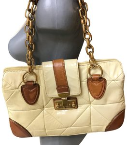 Marc Jacobs Large Quilted Patent/Leather/Gold Limited Edituon Gold Metal Hardware Lock &key Satchel in Bone
