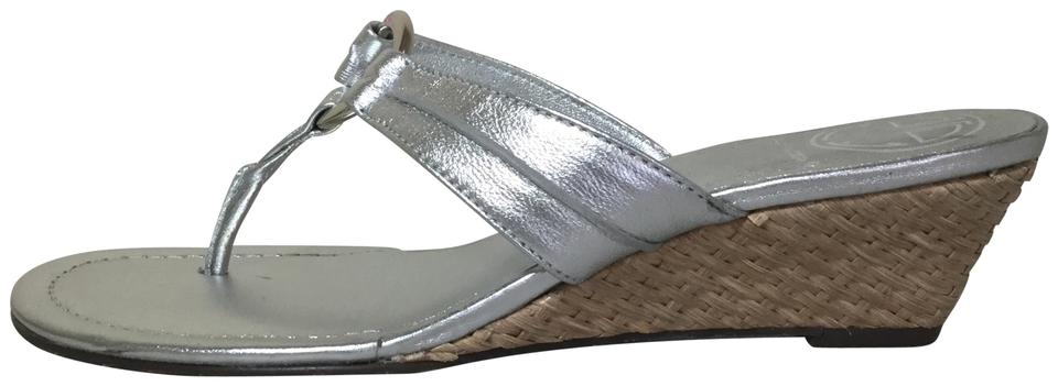 5b7d28028 Lilly Pulitzer Silver Leather Mckim Wedge Sandals Size US 7 Regular ...