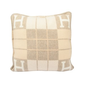 Hermès Hermes Cushion Avalon III PM Signature H Coco and Camomille Throw Pill