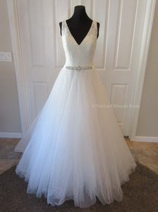 MADISON JAMES Ivory/Nude/Silver Lace & Tulle Mj214 Feminine Wedding Dress Size 14 (L)