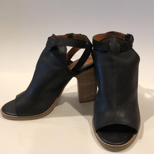 Lucky Brand Black Sandals Image 10