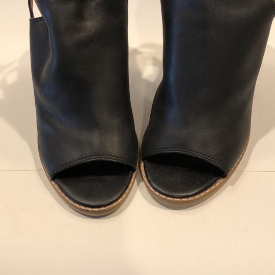 Lucky Brand Black Sandals Image 11