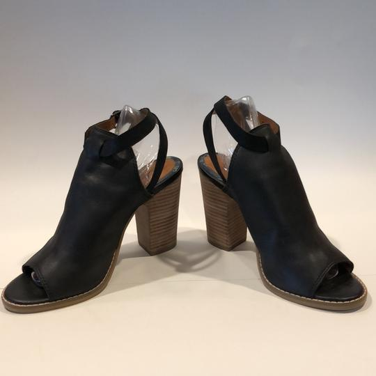 Lucky Brand Black Sandals Image 2