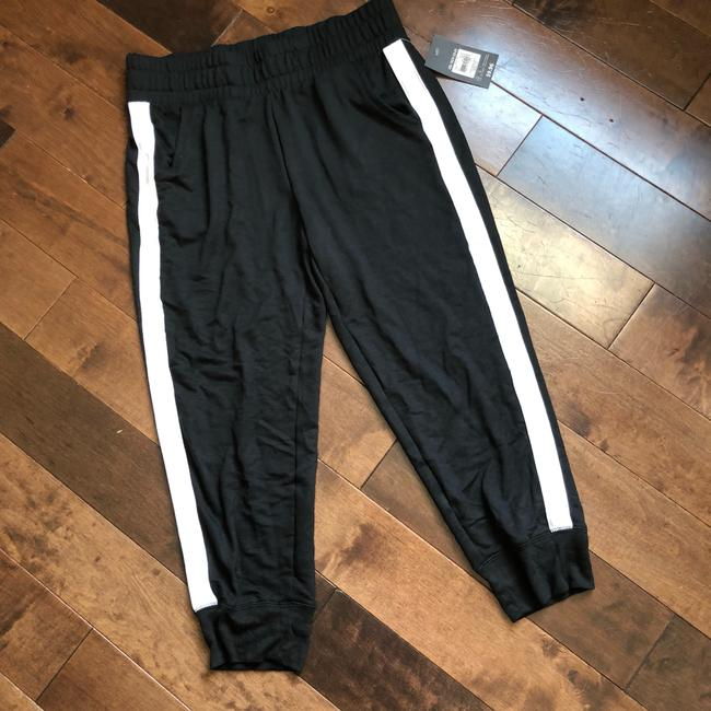 Athletic Capri/Cropped Pants black and white Image 3