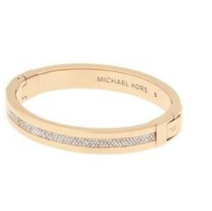Michael Kors NWT Pave Hinged Bangle Bracelet MKJ6227710