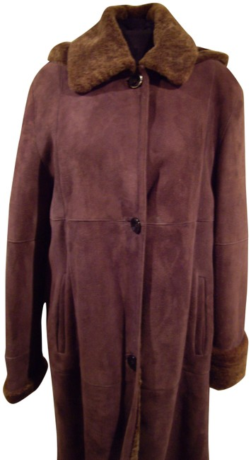 Item - Brown Women's Shearling Coat/Made In Italy Coat Size 10 (M)