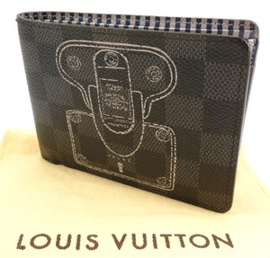 3eee77beb0d8 Louis Vuitton Black Multiple Wallet Damier Graphite Canvas Trunks Locks  Limited Edition Men s Jewelry Accessory
