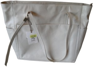 Hobo International Tote in Magnolia (off white)