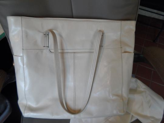 Hobo International Tote in Magnolia (off white) Image 2