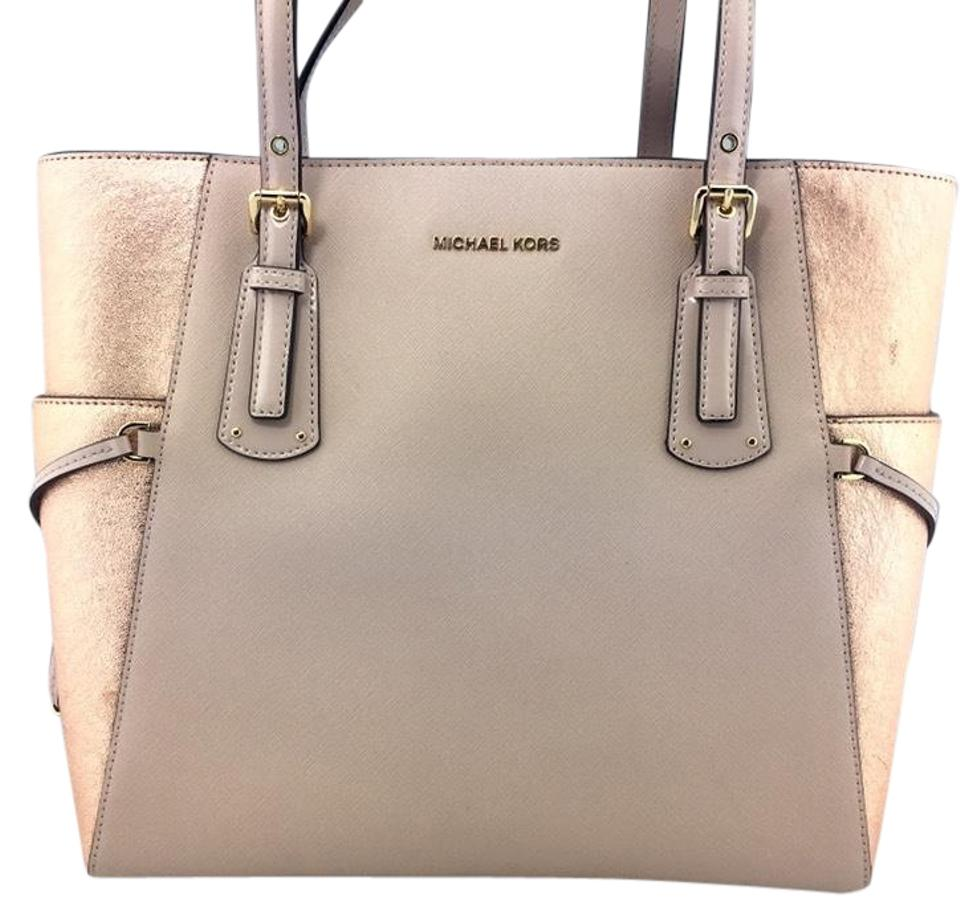 8d29dc5aaa5039 Michael Kors Signature East West Voyager Soft Pink Rose Gold Leather Tote
