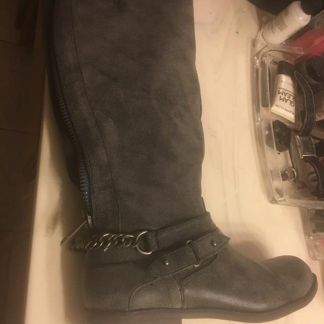 Item - Gray Pair and Black Pair Distressed Chain Boots/Booties Size US 7.5 Regular (M, B)