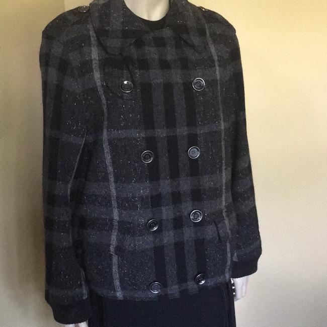 Preload https://img-static.tradesy.com/item/24147105/burberry-black-and-gray-check-brit-jacket-coat-size-8-m-0-0-650-650.jpg