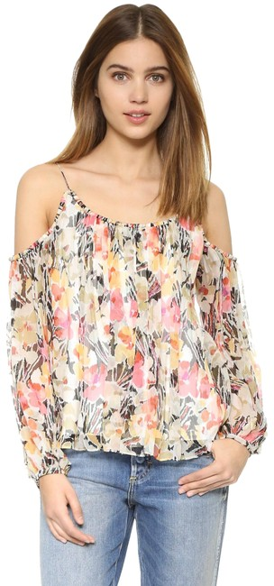 Preload https://img-static.tradesy.com/item/24147886/elizabeth-and-james-floral-maylin-blouse-size-0-xs-0-1-650-650.jpg