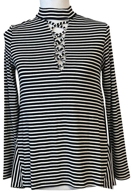 Preload https://img-static.tradesy.com/item/24148039/jack-by-bb-dakota-black-and-white-uniors-coralie-lace-front-knit-tunic-size-4-s-0-1-650-650.jpg