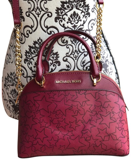 Preload https://img-static.tradesy.com/item/24148072/michael-kors-small-dome-satchel-saffiano-shoulder-mulberry-leather-cross-body-bag-0-1-540-540.jpg