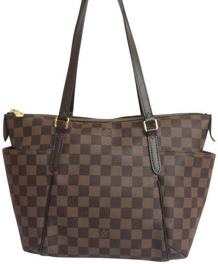 Preload https://img-static.tradesy.com/item/24148320/louis-vuitton-totally-pm-damier-ebene-brown-coated-canvas-shoulder-bag-0-1-540-540.jpg