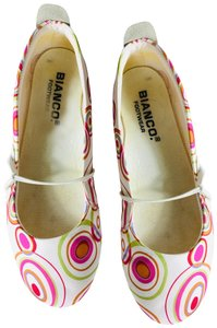 Bianco Red and green pattern on white Flats