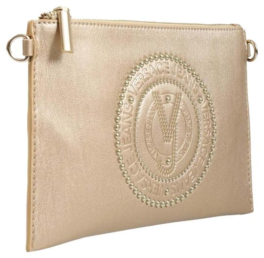 Preload https://img-static.tradesy.com/item/24148410/versace-jeans-collection-gold-faux-leather-clutch-0-1-540-540.jpg