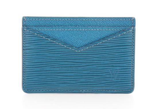 Preload https://img-static.tradesy.com/item/24148516/louis-vuitton-blue-porte-neo-epi-leather-cartes-m67210-cardholder-wallet-0-0-540-540.jpg