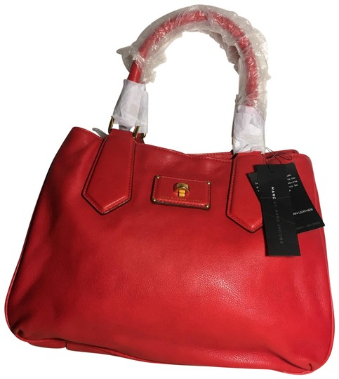 Preload https://img-static.tradesy.com/item/24148614/marc-by-marc-jacobs-m0006284-rosey-red-genuine-italian-leather-satchel-0-2-540-540.jpg