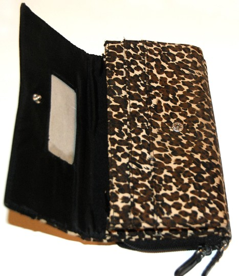 Avon LAST CALL! Animal Print Large Zip Around Two-Sided Wallet Image 4