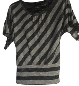 Amy Byer Top Black and Gray