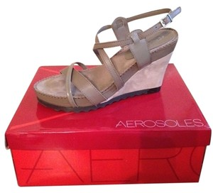 Aerosoles Mink (light olive) Wedges