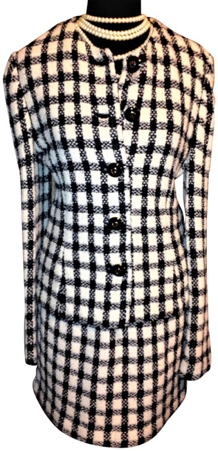 Item - Black & White Vintage 2 Pc Collection Knit By Marie Gray Herringbone Skirt Suit Size 8 (M)