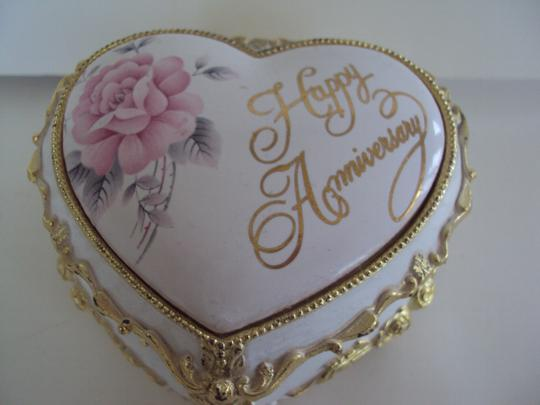 Other Vintage Music Floral Anniversary Trinket Jewelry Box Made In Japan Image 1