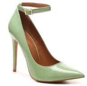 Shoe Republic LA Mint Pumps