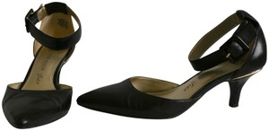 Anne Klein Pointed Pointed Kitten Heels Patent Leather Ankle Strap Black Pumps
