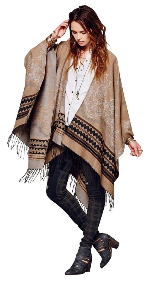 Free People Brown Tan Black Fringe Blanket Shawl Wrap Poncho/Cape Size OS  (one size) 25% off retail