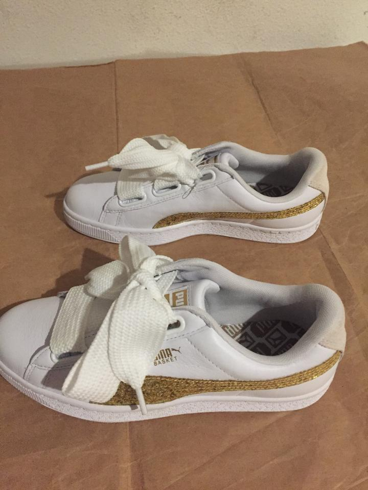 the best attitude 444b9 3d591 Puma White Basket Heart Bow White Gold Glitter Sneakers Size US 9 Regular  (M, B)