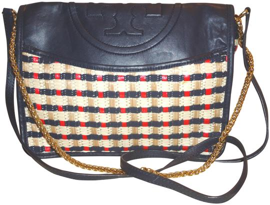 Preload https://img-static.tradesy.com/item/24156110/tory-burch-new-east-west-handbag-navy-blue-multi-leathercanvas-shoulder-bag-0-3-540-540.jpg