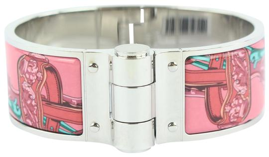 Preload https://img-static.tradesy.com/item/24156143/hermes-pink-wide-silver-and-charniere-hinged-cuff-39hz1009-bracelet-0-2-540-540.jpg
