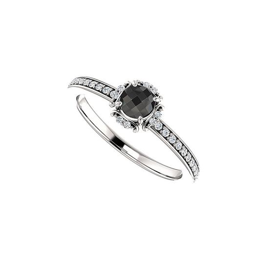 Preload https://img-static.tradesy.com/item/24156150/black-onyx-and-cz-unique-style-halo-in-925-silver-ring-0-0-540-540.jpg