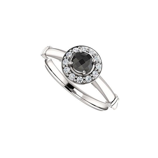 Preload https://img-static.tradesy.com/item/24156214/black-onyx-and-cz-halo-style-925-sterling-silver-ring-0-0-540-540.jpg