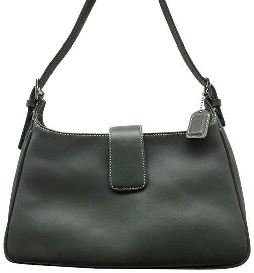 Preload https://img-static.tradesy.com/item/24156247/coach-hampton-7789-green-leather-shoulder-bag-0-1-540-540.jpg