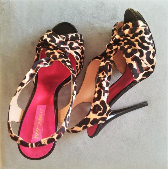 Betsey Johnson Leopard Print Pumps