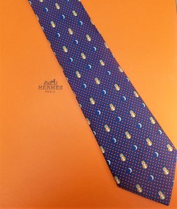 Hermès Blue Whimsical Owl Moon Silk Tie/Bowtie