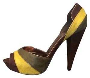 Anne Michelle Green Brown Yellow Pumps