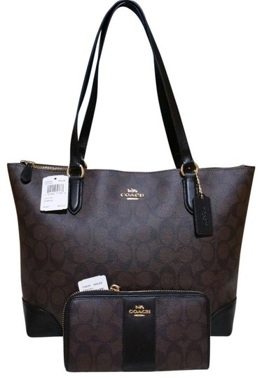 Preload https://img-static.tradesy.com/item/24157322/coach-city-zip-top-in-signature-f29208-wallet-set-brown-canvas-tote-0-0-540-540.jpg