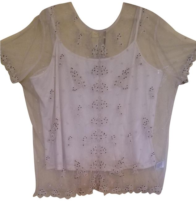 Preload https://img-static.tradesy.com/item/24157423/beige-sheer-embroidery-blouse-size-16-xl-plus-0x-0-2-650-650.jpg