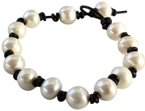 "Other Adjustable 7"" to 8"" Freshwater Pearl Leather Infinity Bracelet"